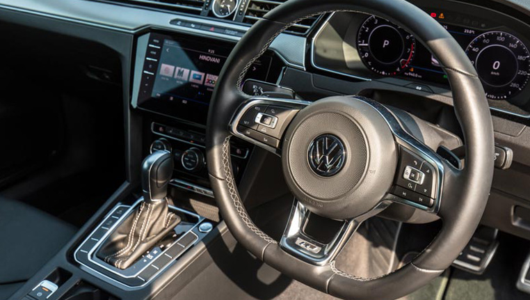Barons VW Arteon new article review car image 3
